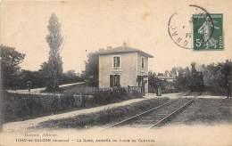 33 - GIRONDE / 333321 - Tizac De Galgon - La Gare - Arrivée Du Train De Coutras - Beau Cliché - France