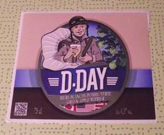 THEME GUERRE / DEBARQUEMENT : ETIQUETTE 2 CAPS D DAY BIERE BLANCHE  - NEUVE - Beer