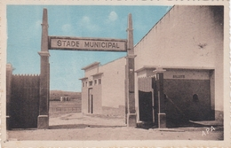CPA N°10 Dept 34 NISSAN Stade Municipal - Otros Municipios