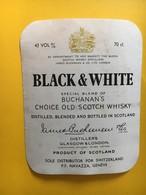8933 - Black & White - Whisky