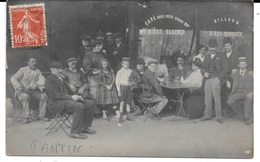 CARTE PHOTO - Localisée à PANTIN 4, Place De La République - Groupe Devant Un Commerce (café, Billard) Circulé 1910 - Cartes Postales