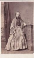 ANTIQUE CDV PHOTO - STANDSING LADY. LONG HOOPED DRESS.  SALCOMBE STUDIO - Photographs