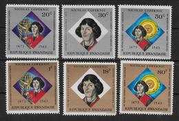 RWANDA  N° 566/71 * *  ( Cote 4e ) Copernic Kopernic - Astronomie