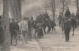 12.04.1911 - REVOLTE DES VIGNERONS DE LA MARNE - LES EMEUTIERS ENVAHISSENT AY, ARMES D'ECHALAS VEULENT COUPER UN BARRAGE - Betogingen