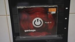 CD Garbage.  Single. Push It - Punk