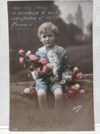 Enfant. Garçon. Fleurs - Portraits