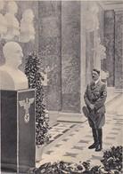 Adolf Hitler In Halle Mit Büsten - Ca. 1930/40 - Aus Einer Zeitschrift - 17*12cm  (37140) - 5. Guerres Mondiales