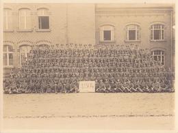 Foto Einheit Deutsche Soldaten - Kurs Schule - 1./304 - Foto Hertling, Plauen - 1941 - 23,5*18cm   (37151) - Krieg, Militär