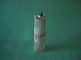 Recharge De Gaz BRIQUET FEUDOR LIGHTER Feuerzeug 打火机 ЛЕГЧЕ ACCENDINO AANSTEKER Encendedor Léttari ライター ////// - Briquets