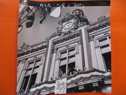 Photo Originale - DE GAULLE EN ALGERIE - LE DISCOURS - Format : 18 X 18 Cm - Célébrités