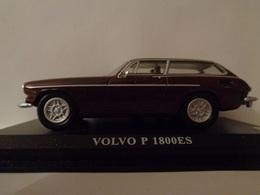 VOLVO P 1800 Cabriolet 2 Portes,4 Places -1/43 -1961 - DEL PRADO - Voitures, Camions, Bus