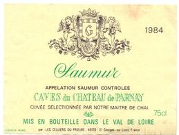 Etiket Etiquette - Vin - Wijn - Saumur - Caves Du Chateau De Parnay 1984 - Labels