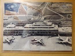 AEROPORT / FLUGHAFEN / AIRPORT     ORLY    CARAVELLE / B 707 AIR FRANCE - Aérodromes