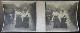 Photo Stéréoscopique - Scène De Vie, Famille, Enfants, Animée - Vers 1900 - Photos Stéréoscopiques