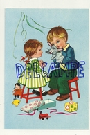Deux Enfants. Petit Lapin, Poupée, Cadeaux, ... - Contemporain (à Partir De 1950)