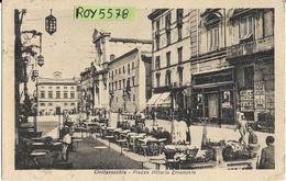 Lazio-civitavecchia Piazza Vittorio Emanuele Veduta Annimatissima Piazza Bar Cameriere Tavoli Persone Negozi Anni 40/50 - Civitavecchia