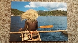 CPM MAYOTTE PIROGUIER COIFFE D UN CHAPEAU DE SADA PHOTO VAISSE - Mayotte