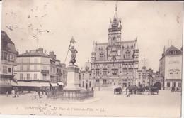 CPA - 2. COMPIEGNE La Place De L'hôtel De Ville - Compiegne