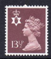 NORTHERN IRELAND GB - 1980 DEFINITIVE 13.5p STAMP SG NI32 FINE MNH ** - Regional Issues