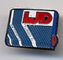 "{12638} Pin's "" LJD "". TBE.   "" En Baisse "" - Badges"