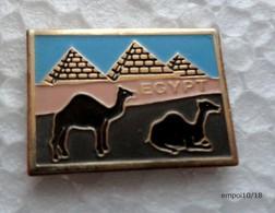 Pin's  EGYPT EGYPTE  - Pyramides, Dromadaires - Sonstige