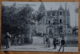85 : Les Herbiers - La Villa Thémis - Animée - (n°13436) - Les Herbiers