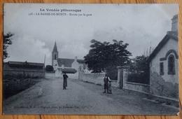 85 : La Barre-de-Monts - Entrée Par La Gare - Animée : Petite Animation - (n°13441) - Francia