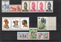 LOT OF 13V - COSTUMES COFFURES / HEADDRESSES (MNH & MLH) - Timbres