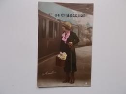 Amitiés De CHARLEROI, Jeune Femme Sur Le Perron , Fleurs, Train, Locomotif à Vapeur - 1922 - Charleroi