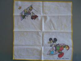 Mouchoir D'enfant Kinderzakdoek  Walt Disney Productions Micky & Mini Mouse - Mouchoirs