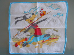 Mouchoir D'enfant Kinderzakdoek  Walt Disney Productions Goffy Speerwerpen Javelot Lancer - Mouchoirs