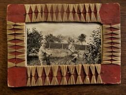 Oude Foto Met Kinderen Op Hun Driewielertjes  Fiets - Autres