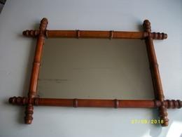 Ancien Miroir De Barbier Bambou 53x58cms - Art Populaire
