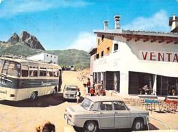 ESPANA ( Aragon ) HUESCA : Commerce VENTA FORMIGAL  / Beau Plan AUTOBUS & Automobile R8 RENAULT  CPSM GF - Espagne - Huesca