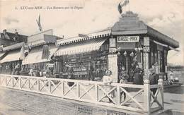 LUC SUR MER - Les Bazars Sur La Digue - Luc Sur Mer