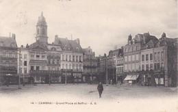 CAMBRAI Grand'place Et Beffroi -14 A/B - Cambrai
