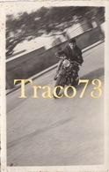 MOTOCICLISTA IN CORSA_ 1952 / Foto Formato Cartolina 13,5 X 8,5 - Ciclismo