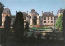 CPM . LONS-LE-SAUNIER-LES-BAINS . ETABLISSEMENT THERMAL ( Parc Des Bains ) CARTE NON ECRITE - Lons Le Saunier
