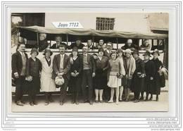 3659 AK/PC/CARTE PHOTO/N°375/GROUPE DE PERSONNES AVEC AUTOBUS A IDENTIFIER/TTB - Cartoline
