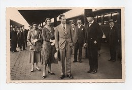 - CPA COUPLE ROYAL BELGE - L'accueil Paternel Du Roi Albert Au Retour Des Indes - Edition MARCHANT - - Familles Royales