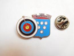 Beau Pin's En EGF , Tir à L'arc , Nangis , Signé Badges Concept - Archery