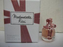 "NINA RICCI ""MADEMOISELLE RICCI "" MINI EDP 4 ML  BOITE LUXE  LIRE ET VOIR !!! - Miniatures Femmes (avec Boite)"