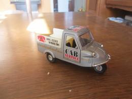 CH00 Triporteur, Cab Service, 10,5 Cm - Auto's, Vrachtwagens, Bussen