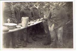 Photo De Groupe Soldat,la Popote, 1940 Format 6/8 - Krieg, Militär