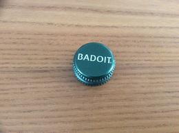 """Capsule (bouchon) Eau """"BADOIT"""" - Capsules & Plaques De Muselet"""