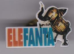 PIN DE UN ELEFANTE DE ELE FANTA (ELEPHANT) - Animales