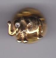 PIN DE UN ELEFANTE CON PIEDRA BRILLANTE EN EL OJO (ELEPHANT) - Animales