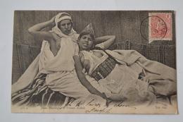 Carte ND Phot N°310 A Jeune Mauresque Et Femme Kabyle - Cartoline