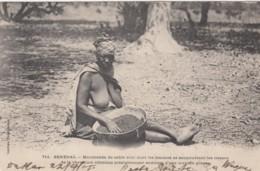 Semi-nude Woman, Senegal Black Sable Dye Work, French West Africa C1900s Vintage Postcard - Afrique Du Sud, Est, Ouest