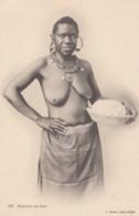 Semi-nude Woman Black Woman From The South Of Africa C1900s/10s Vintage Postcard - Afrique Du Sud, Est, Ouest